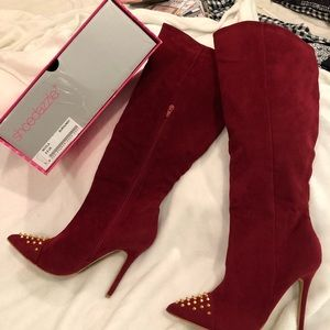 Burgundy Suede boots by Shoe Dazzle.